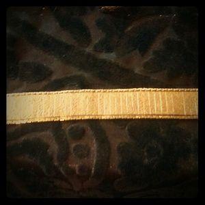 Gorgeous Engraved Rose YG Bracelet